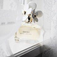 Marc Jacobs' Daisy