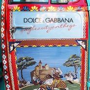 Dolce & Gabbana rickshaw door
