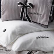 Saks' custom bedding for United Polaris