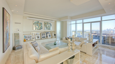 Property listed by Sotheby's Realty in Toronto