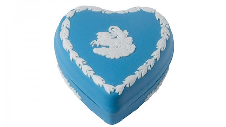 A storied British brand found in the 18th century, Wedgwood is prized for its vitreous unglazed look. Seen here: The heart box Heart Box featuring a white motif in bas-relief set against the hue of pale blue Jasperware. Image credit: Wedgwood