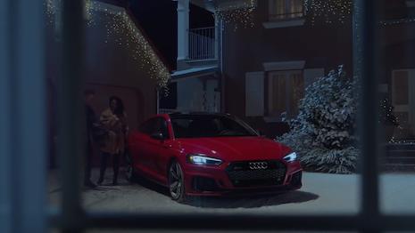 Audi New Santa