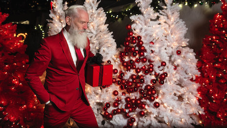 Model Paul Mason as Fashion Santa. Photo: Courtesy of Paul Mason (CNW Group/Fashion Santa)