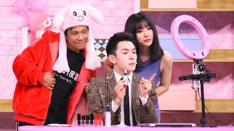 Chinese influencer Austin Li playing himself on a TV show. Image credit: Austin Li Weibo