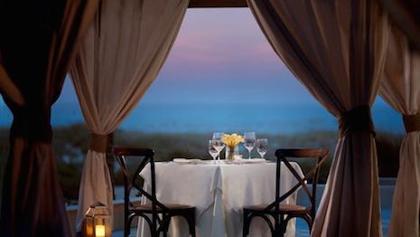 A private cabana at the Ritz-Carlton Amelia Island. Image credit: Ritz-Carlton