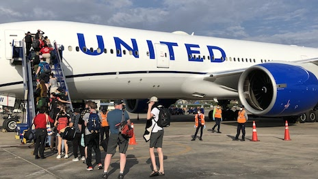 United Airlines bringing stranded Americans home from Peru. Image credit: United Airlines