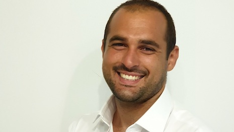 Davide Bentura is founder/CEO of Carola Zeta