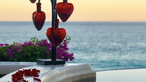 Las Ventanas al Paraiso, a Rosewood Resort in Mexico is offering an Escape & Elope package. Image credit: Rosewood Hotels & Resorts