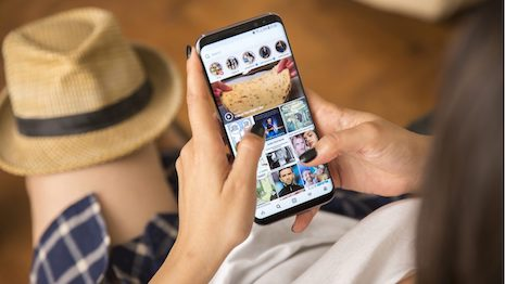 Instagram launched a new translation tool in its Instagram Stories feature, but will it draw more brands and Chinese consumers to the app? Image credit: Shutterstock